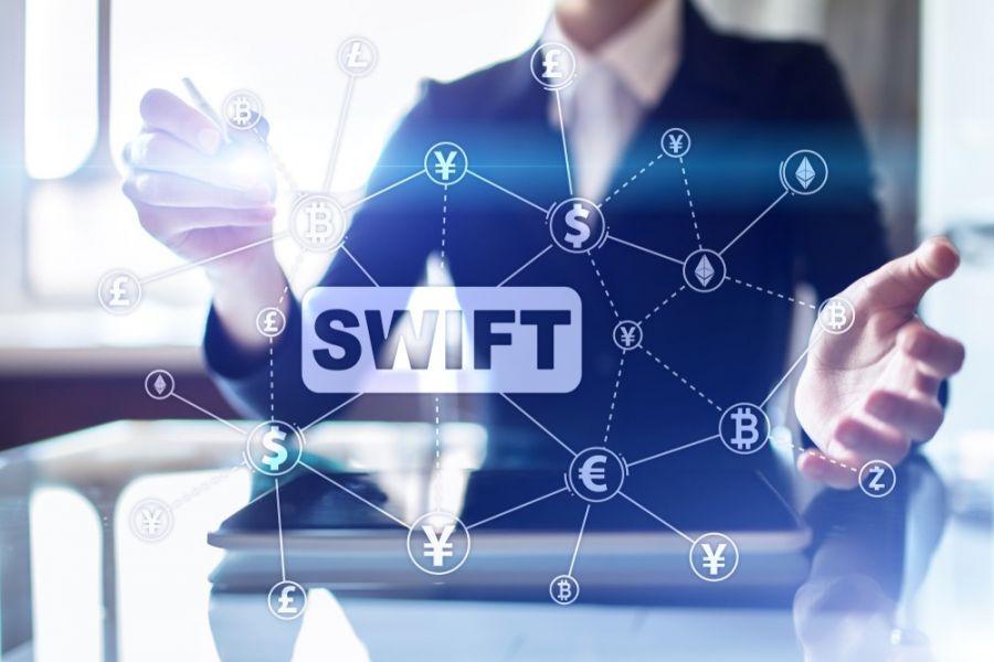 همه آنچه باید در مورد سوئیفت (swift) بدانید