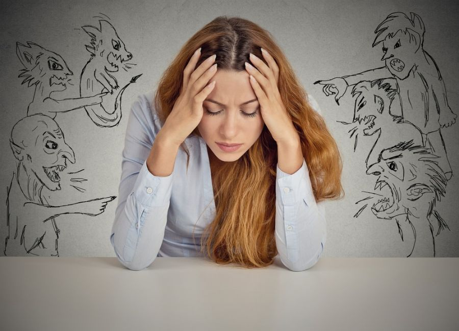 ۱۰ تکنیک طلایی برای از بین بردن انرژی منفی دیگران