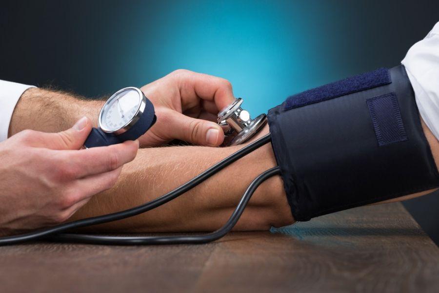 ۱۶ روش معجزه آسای کاهش فشار خون