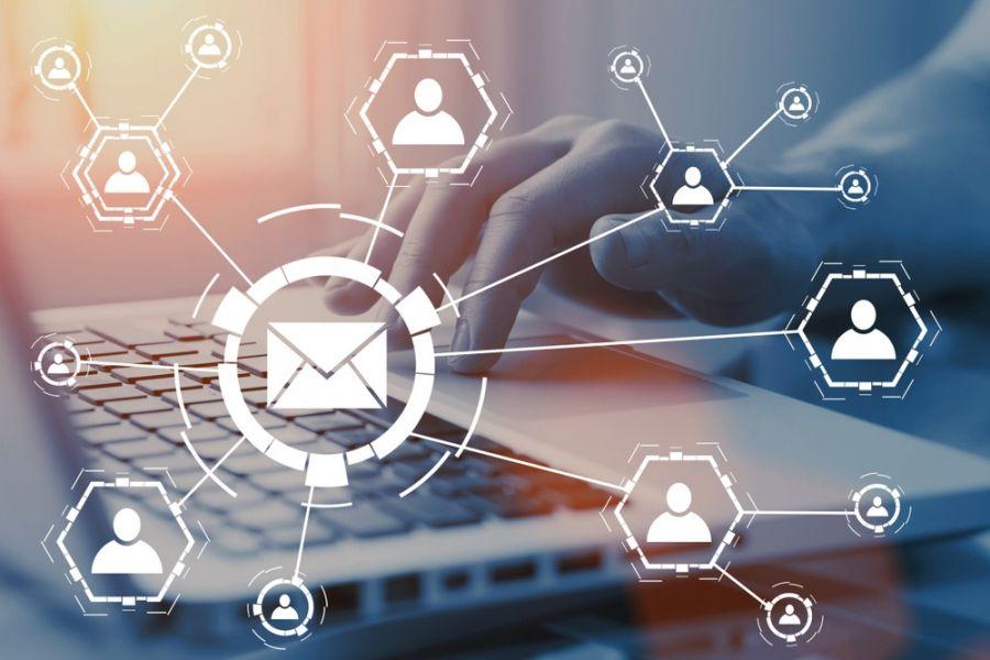 ۴ روش ساده برای ارسال SMS از طریق کامپیوتر