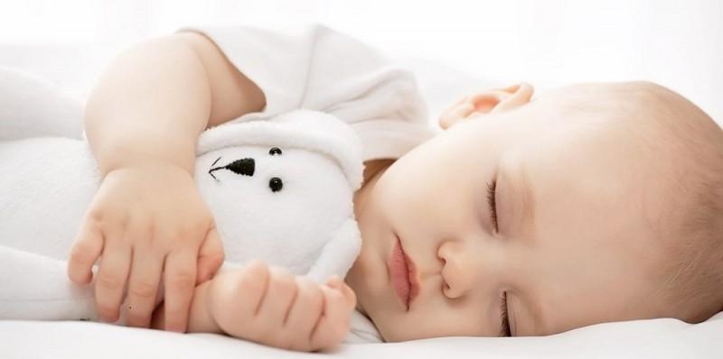 آشنایی با مزایای مصرف شربت بی بی اسلیپ (Baby Sleep)