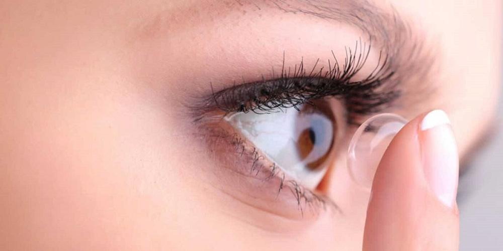 حساسیت چشم به لنز و عوارض آن