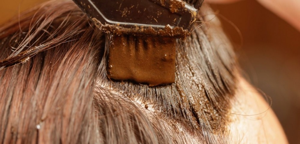 تقویت موی سر با حنا
