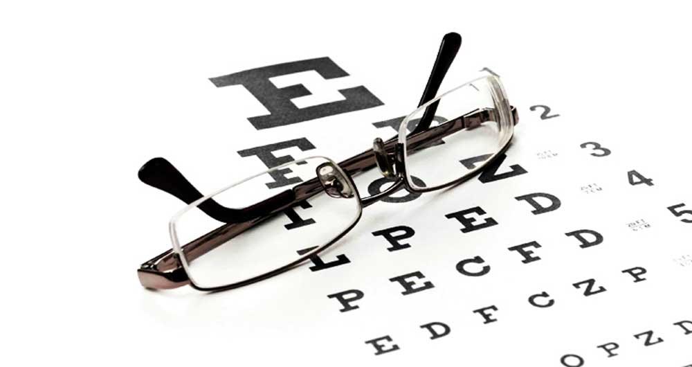 ۹ خوراکی برای تقویت بینایی و راهکارهای موثر دیگر