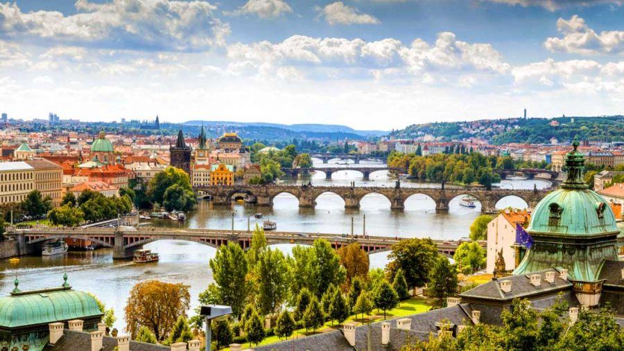 راهنمای سفر به پراگ و هزینه های آن
