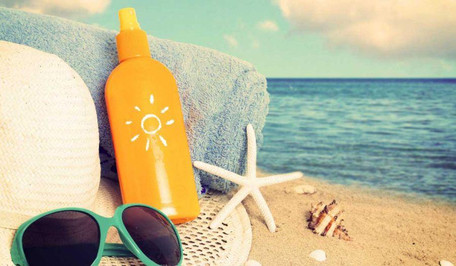 ۱۳ موردی که باید موقع خرید کرم ضد آفتاب به آن توجه کنید