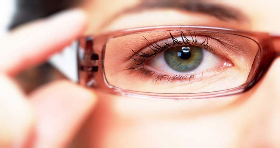 فواید عالی کپسول آکیو هلث برای سلامت چشم ها