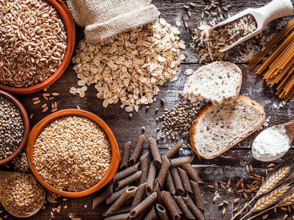 آیا مصرف غذا های حاوی فیبر، از چاقی جلوگیری میکند؟