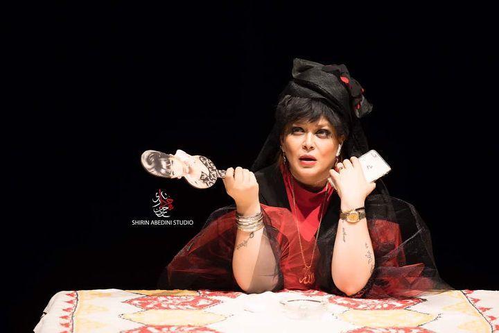 """گریم متفاوت بهاره رهنما برای نمایش جدیدش """"عشق زن باران"""""""