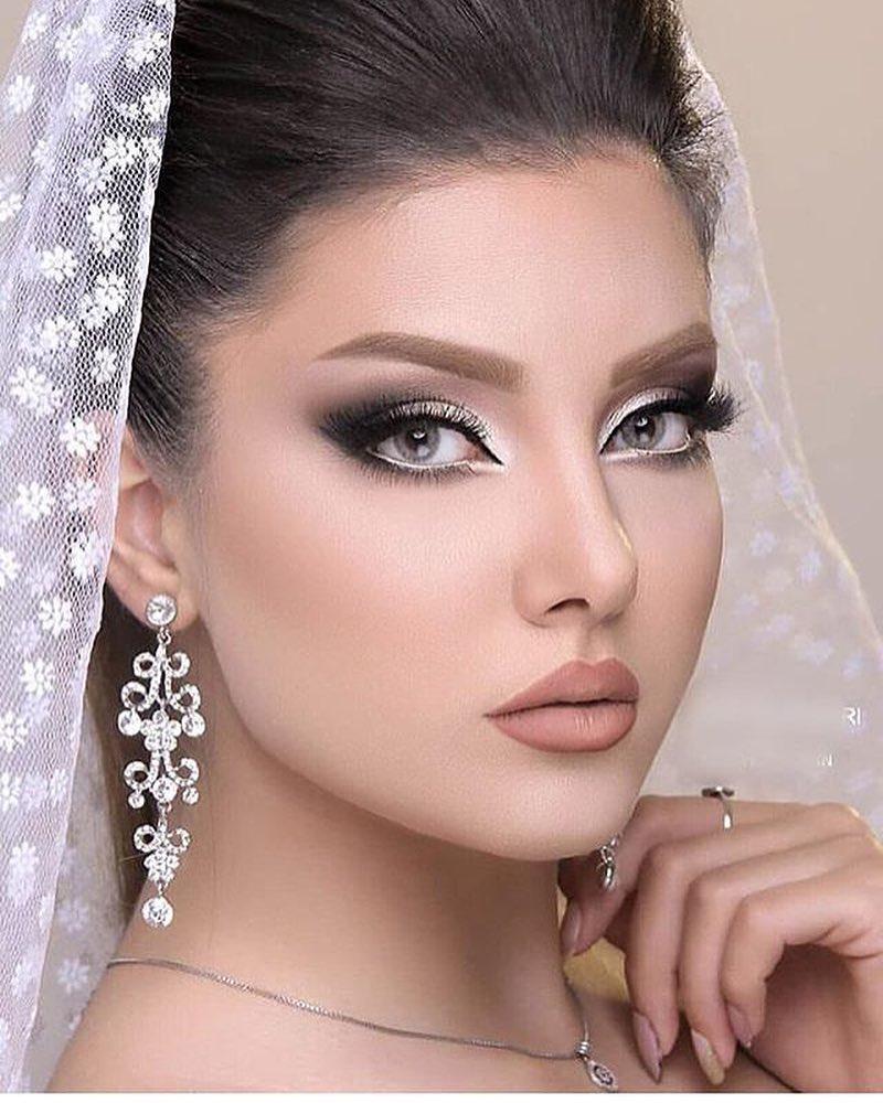 کالکشنی از ۵۰ مدل آرايش عروس ۲۰۱۹ با متدهای جديد ميکاپ عروس ۹۸