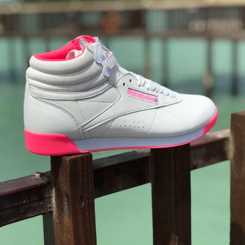 با این مدل کفش اسپرت پسرانه تیپی خاص و لاکچری داشته باشید
