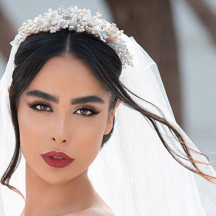 کالکشنی ديدنی از انواع مدل آرايش صورت عروس جديد ويژه سال 2019 - 98