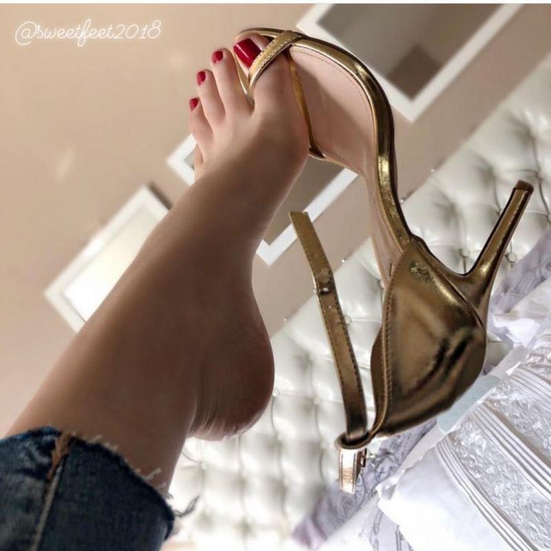 مدل های جدید طراحی ناخن پا بی نهایت زیبا و شیک با طرحهای خاص