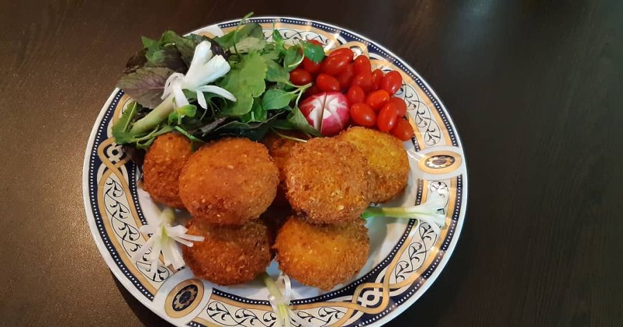 تصاویری جدید از تزیین غذا با گوجه گیلاسی + آموزش