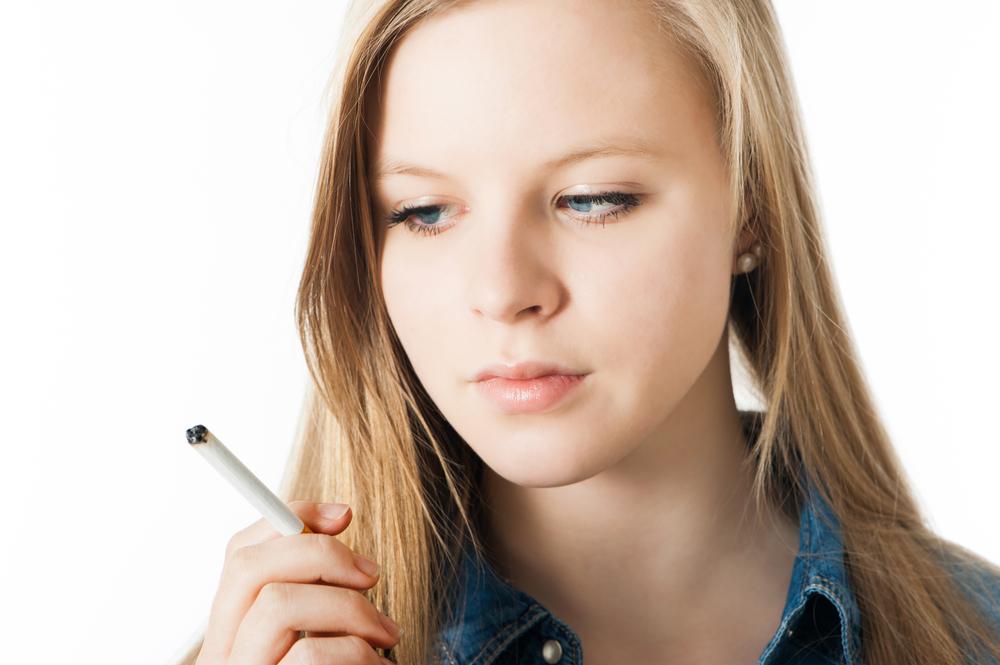 چگونه با سیگار کشیدن نوجوانان برخورد کنیم؟