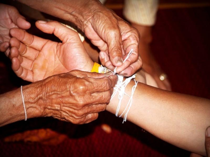 ۷ مورد از تاثیرگذارترین شیوه های درمانی در طب سنتی