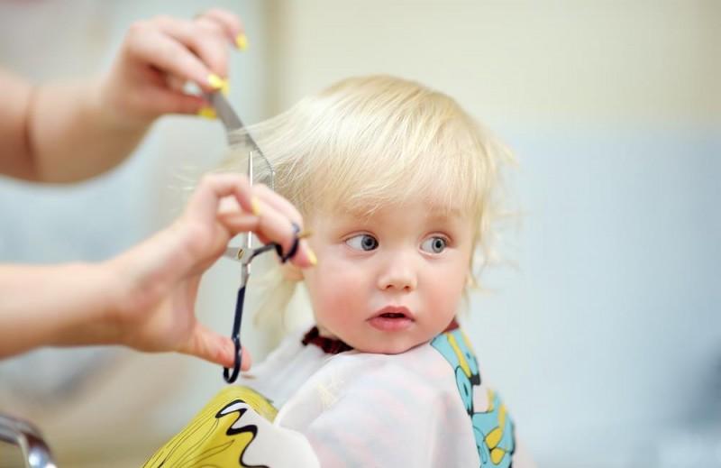 کوتاه کردن موی سر نوزاد بر رشد او چه تاثیری دارد؟