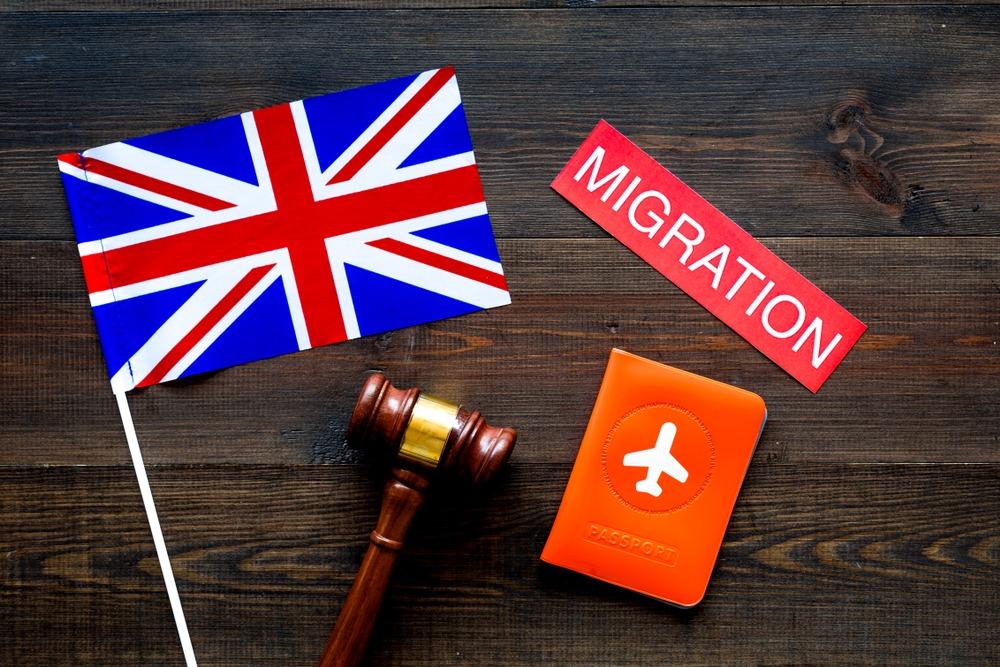 مهاجرت به انگلیس از طریق پناهندگی