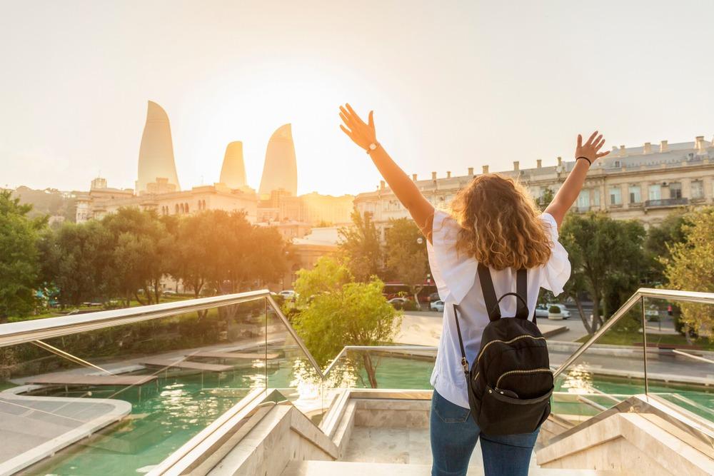 شرایط و قوانین اخذ اقامت باکو