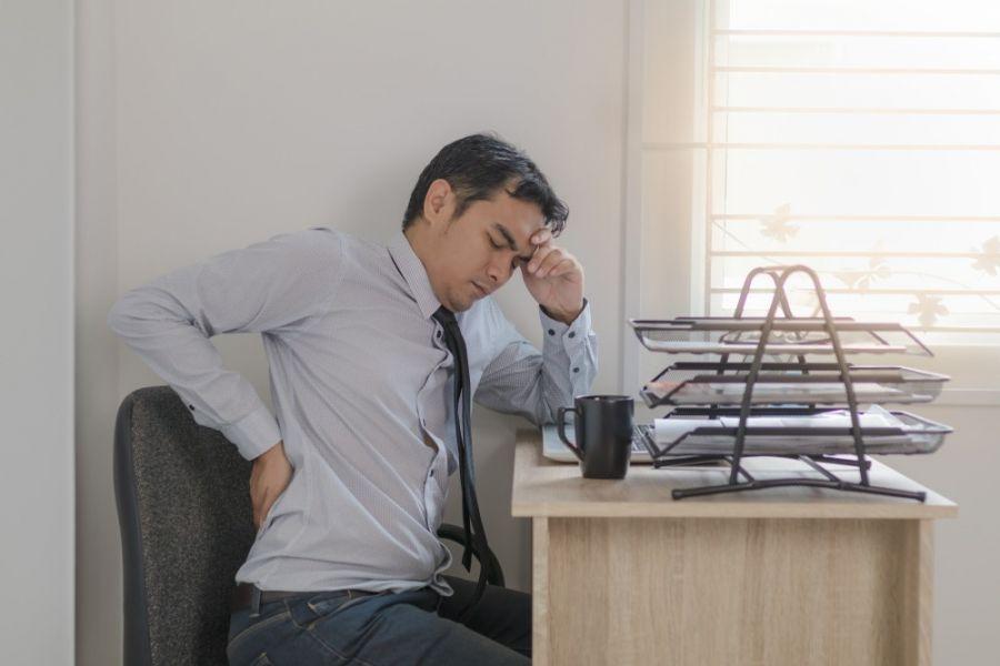 دیسک کمر بزرگترین خطر سلامتی در کارمندان