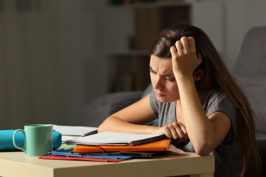 راههای کاهش اضطراب شب امتحان را میشناسید ؟
