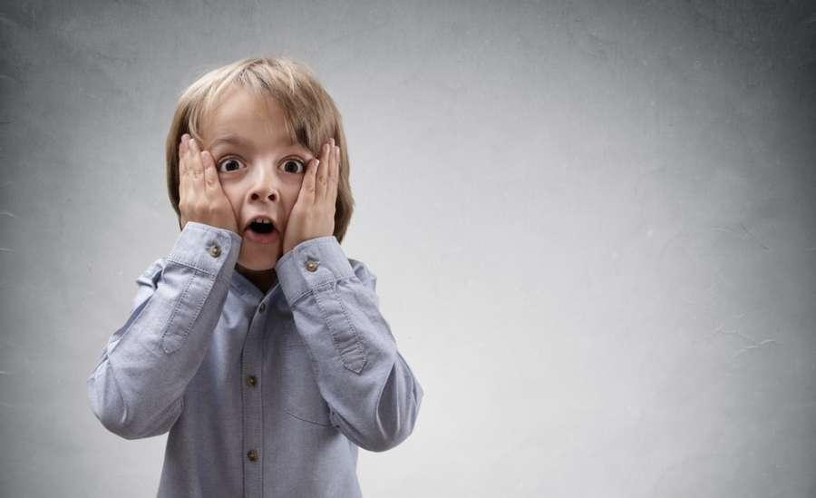 با کودک بد دهن خود چگونه رفتار کنیم ؟