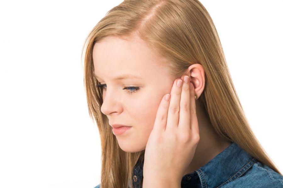 ۱۱ روش خانگی برای درمان کیپ شدن یا گرفتگی گوش