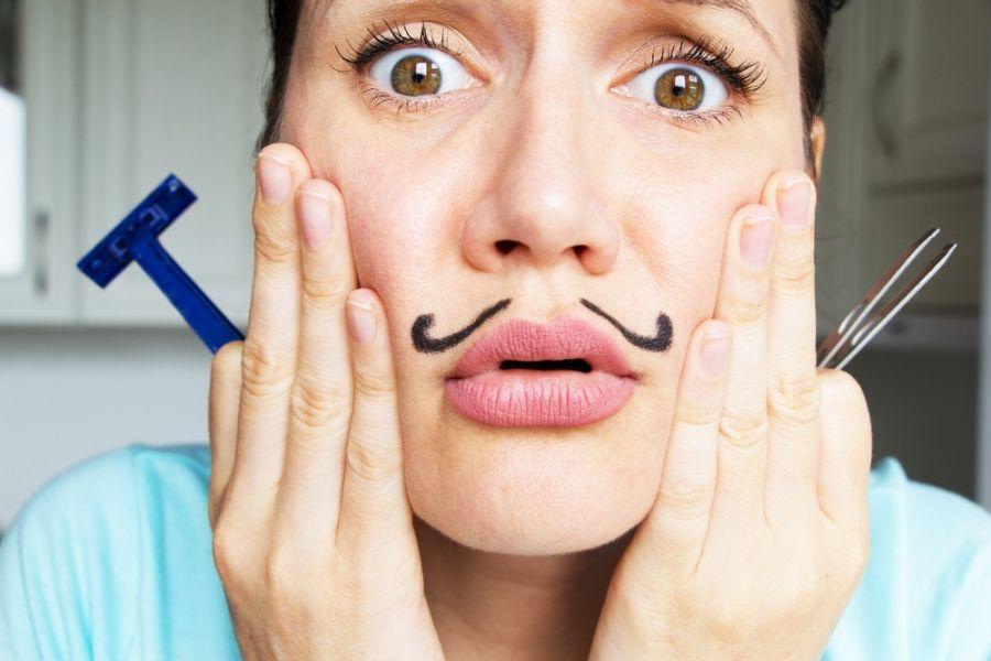 حذف موهای زائد : ۱۰ راهکار قطعی خانگی برای از بین بردن موهای زائد