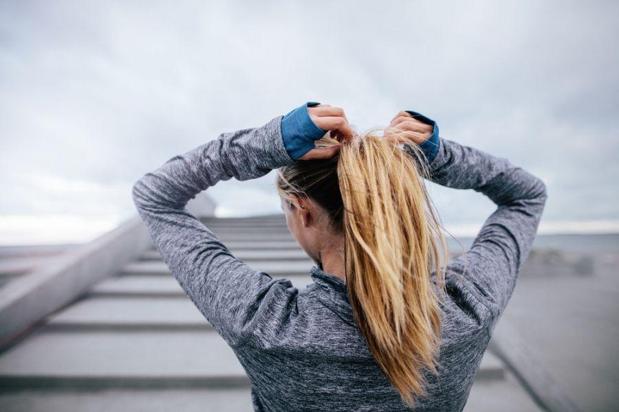 ۱۳ درمان خانگی موهای درهم تنیده و گره خورده