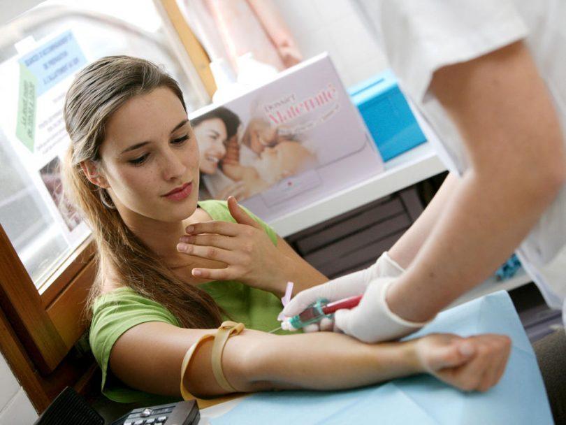 T۴ در آزمایش خون / تست T۴ در آزمایش خون نشانه چیست ؟
