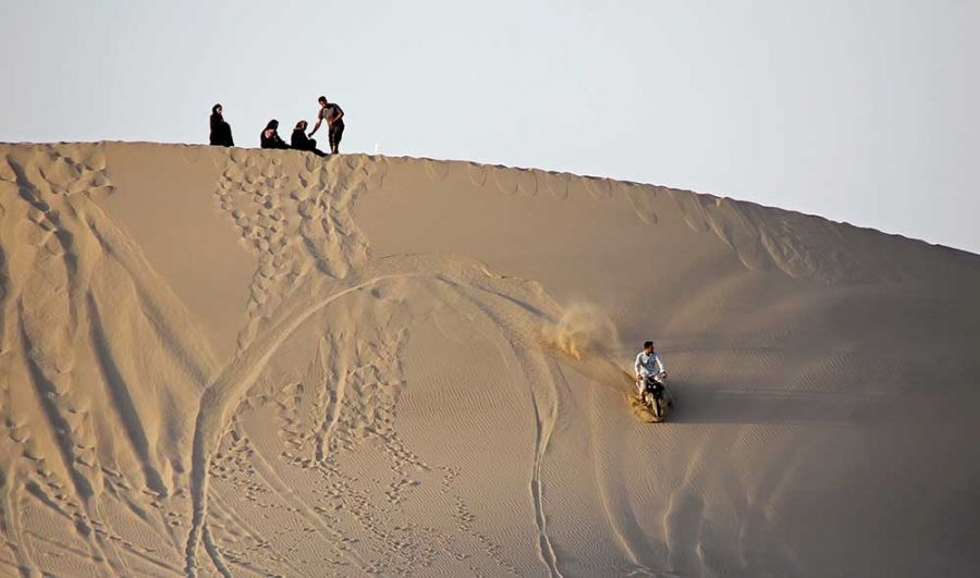 تپه های شنی ریگان : آشنایی با جاذبه های گردشگری ریگان