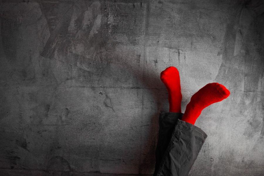 بالا بردن پا : ۱۳ فایده شگفت انگیز بالا  قرار دادن پاها