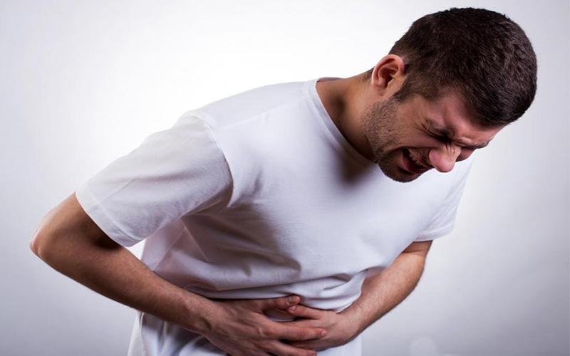علت درد و سوزش سمت راست شکم چیست ؟