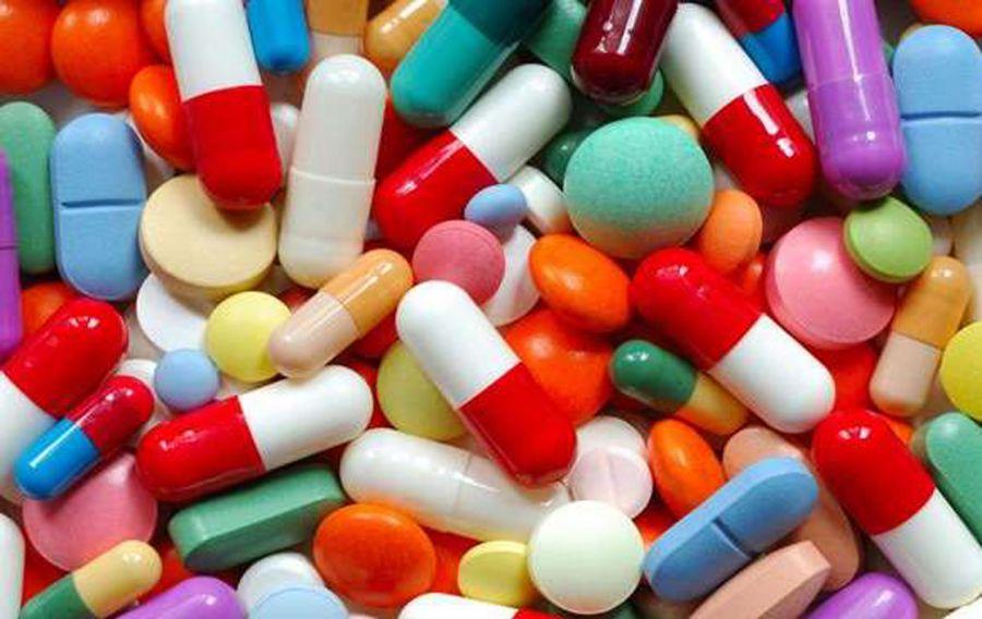 آشنایی کامل با لیست داروهای ضروری در سفر
