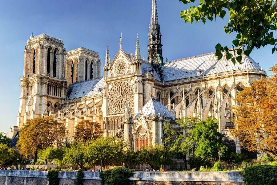 معرفی کامل کلیسای نوتردام پاریس + عکس