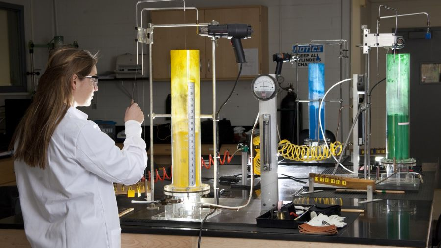 چگونه مهندس شیمی شوم ؟ بازار کار مهندسی شیمی چگونه است ؟