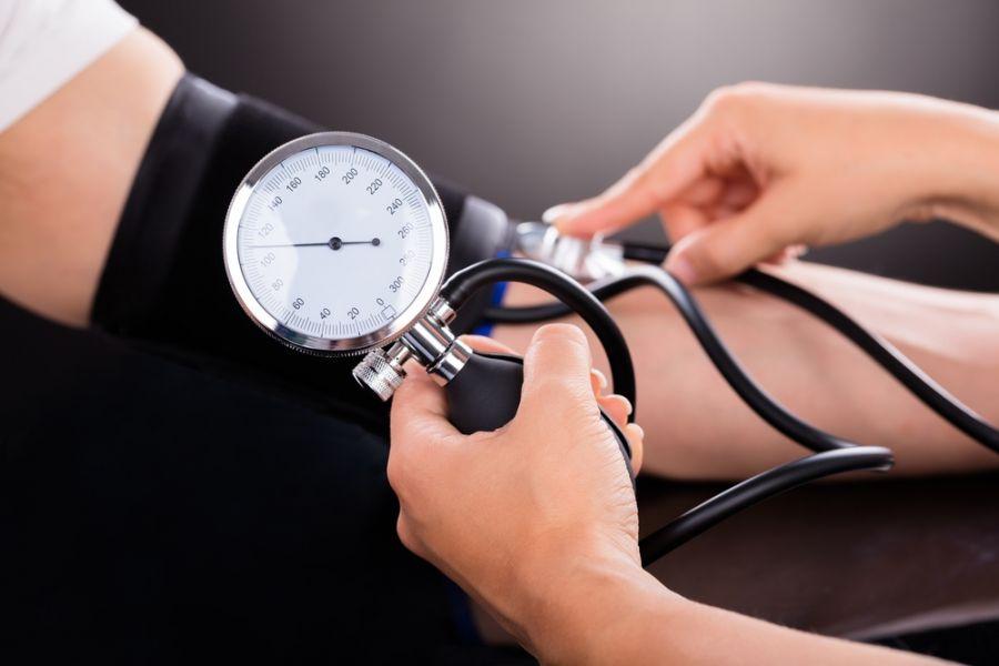 علت، علائم و راههای درمان فشار خون پایین چیست ؟