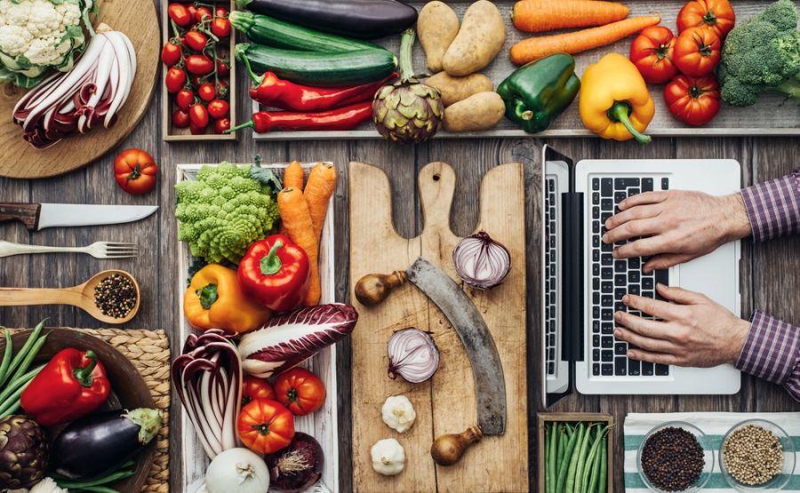معرفی و شناخت ۱۱ مواد غذایی برای کاهش درد آرتروز