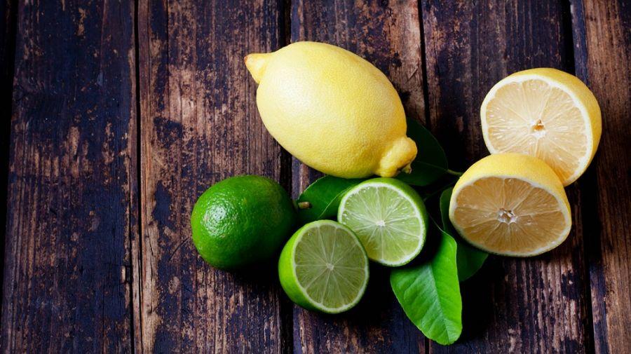 نحوه استفاده از لیمو برای از بین بردن بوی بدن