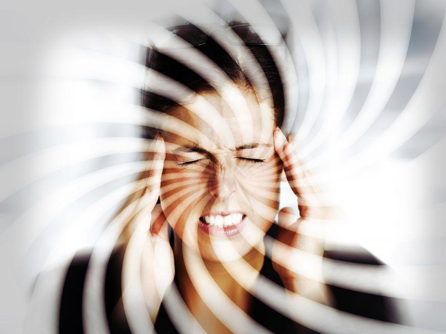علت سرگیجه چیست و چه زمانی خطر آفرین میشود ؟
