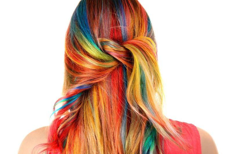 تعبیر خواب موی رنگ شده و رنگ کردن مو  چیست ؟