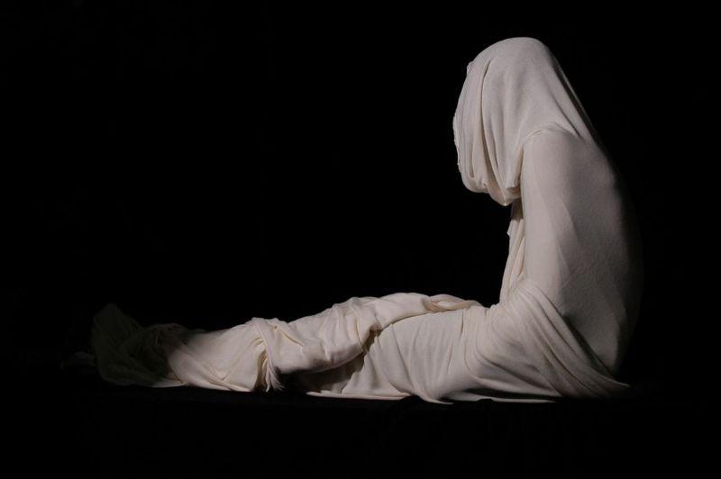 تعبیر خواب زنده شدن و برگشتن مرده به خانه چیست ؟