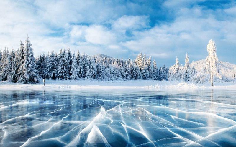 تعبیر خواب برف : ۵۲ نشانه و تعبیر دیدن برف در خواب