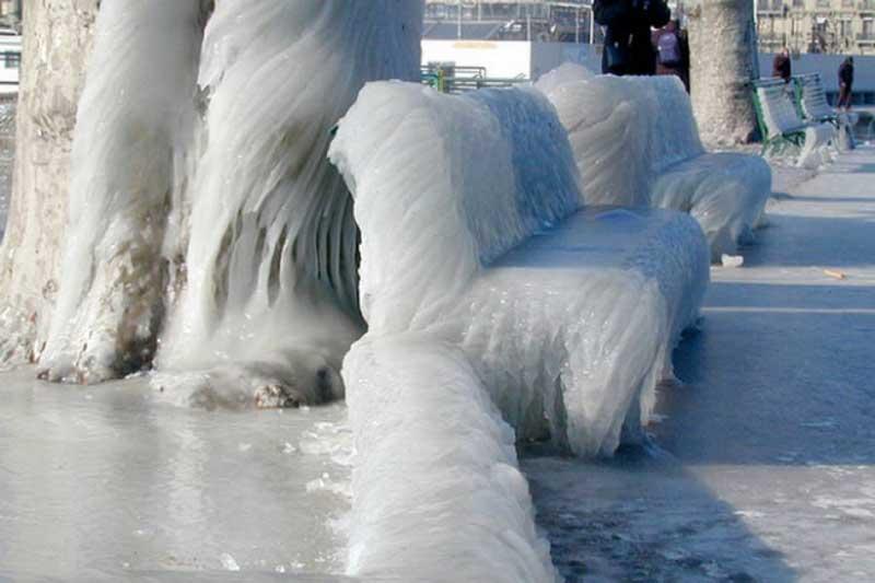 پیش بینی وقوع یخبندان ۱۰ روزه در دی ماه