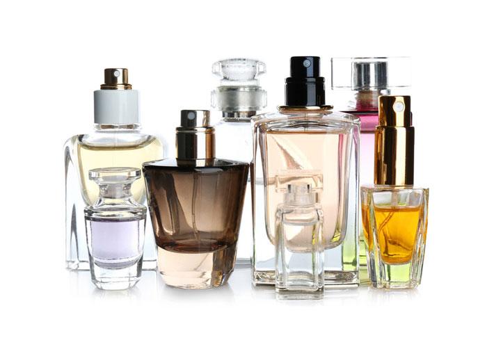 تعبیر خواب عطر : ۳۵ نشانه و تفسیر دیدن عطر و ادکلن در خواب