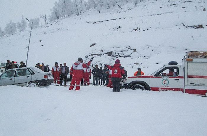 ۲۵ استان کشور درگیر برف و کولاک شدند
