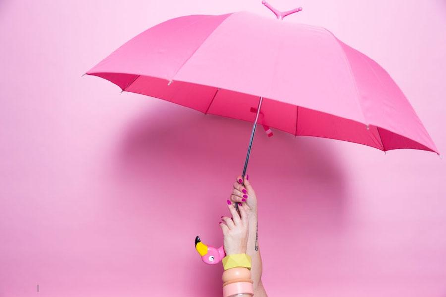 تعبیر خواب چتر : ۵۱ نشانه و تفسیر دیدن چتر در خواب