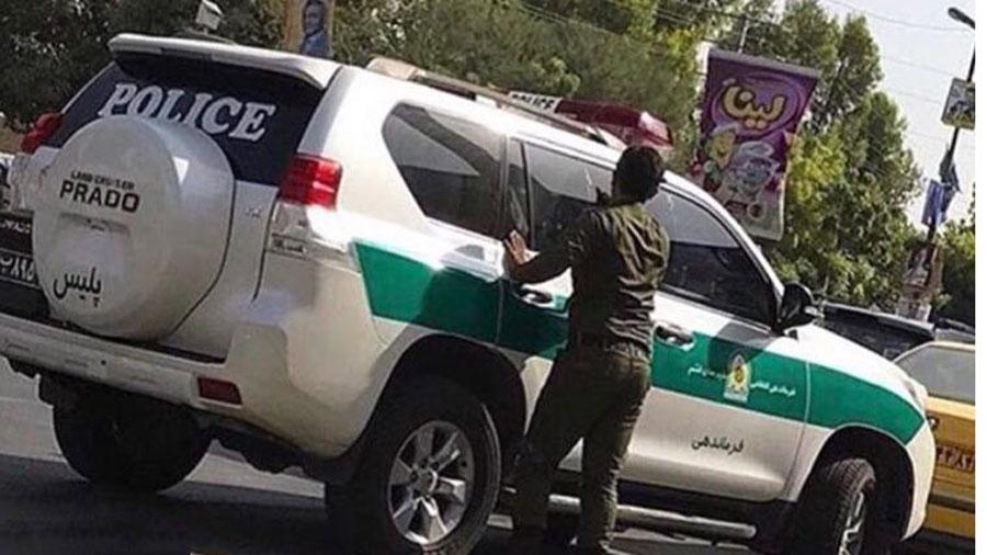درگیری پلیس با یک زن در تهرانپارس به جرم آب بازی + فیلم