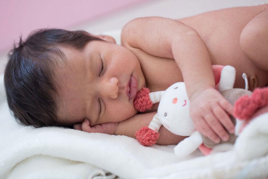 پیدا شدن نوزاد ۵ ماهه در شهرک غرب