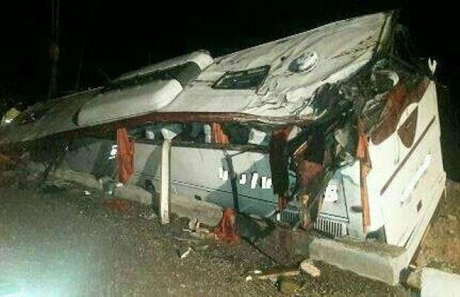 علت واژگونی اتوبوس زائران عراقی در خرم آباد + عکس
